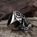 Vienna Jewelry Silver Lining Stainless Steel Skull Ring - Thumbnail 2