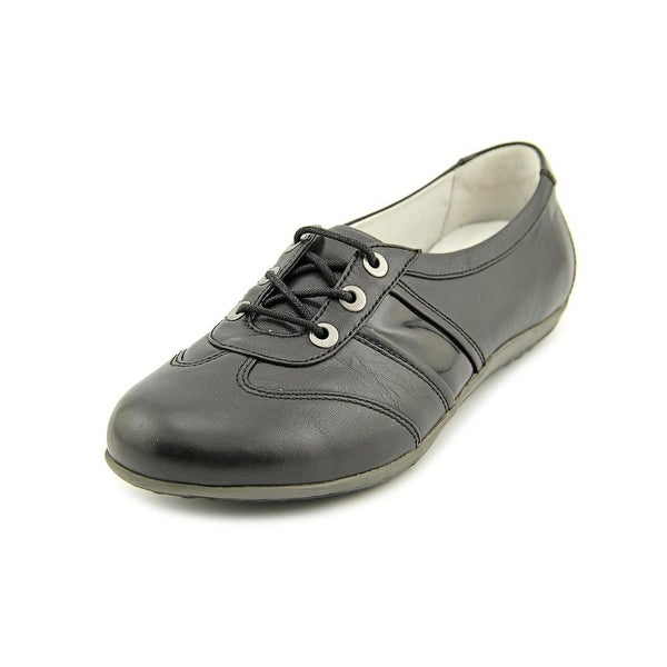 Blondo Mao Women N/S Round Toe Leather Oxford