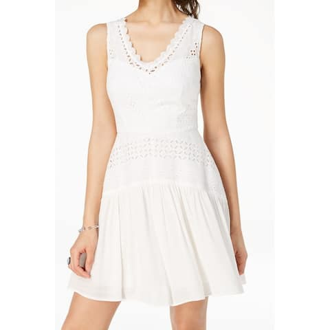 City Studio Dress Ultra White Size 0 Junior A-Line Eyelet V-Neck