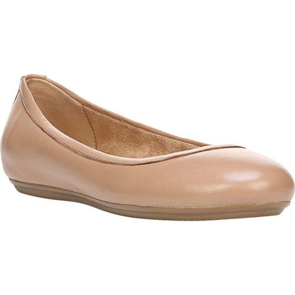 d82e1bd2e41 Shop Naturalizer Women s Brittany Ballet Flat Chai Leather - Free ...