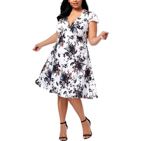 Betsey Johnson Womens Plus Wear to Work Dress V-Neck Surplice