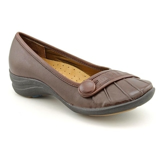 Hush Puppies Sonnet Women WW Round Toe Leather Loafer