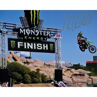 Signed Villopoto Ryan 8x10 Photo autographed