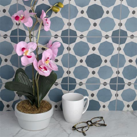 SomerTile 7.875x7.875-inch Piccola Colors Sapphire Porcelain Floor and Wall Tile (25 tiles/11.46 sqft.)