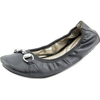 Me Too Limbo Women W Round Toe Synthetic Flats