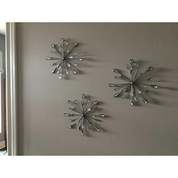 Shop Carson Carrington Arsta \'Acrylic Burst\' Wall Decor (Set of 3 ...