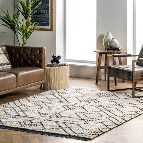 nuLOOM Carlina Modern Geometric Soft Shag Fringe Area Rug