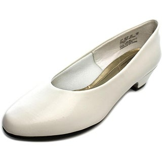 Soft Style by Hush Puppies Angel II Women D Round Toe Synthetic White Heels