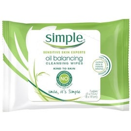 Simple Cleansing Facial Wipes 7 Each