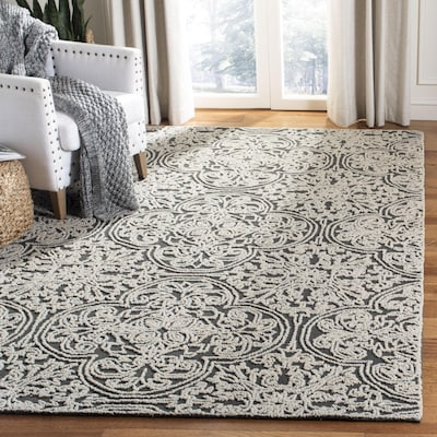 extra 25% off,Select Rugs*