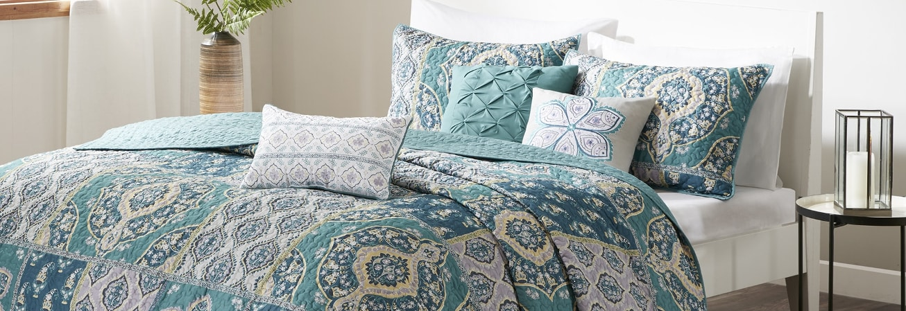 quilts living product sand coastal script store reg set bath quilt beyond bed