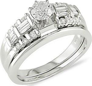 Beautiful diamond and platinum wedding set