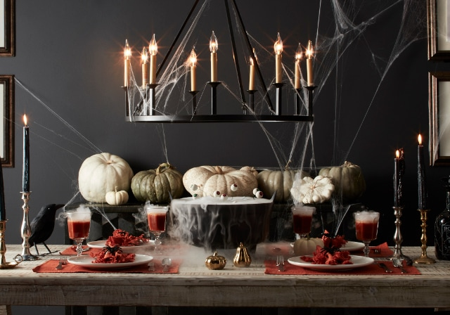 halloween themed dining table
