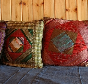 Use your new serger to make quilted pillows