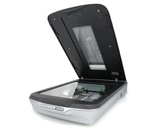 Long format flatbed scanner with an open lid