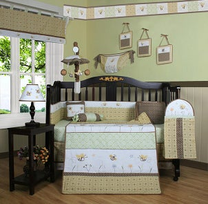Gender-neutral bumble bee crib bedding set