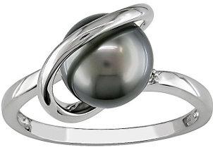A stunning Tahitian Pearl ring