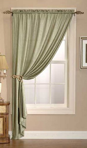 How To Choose Curtains And Drapes For Your Home