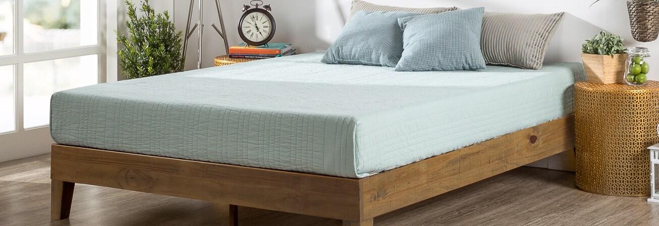 Wood platform bedframe