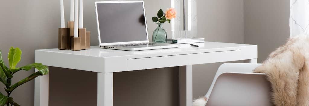 Buy White Desks & Computer Tables Online At Overstock.com