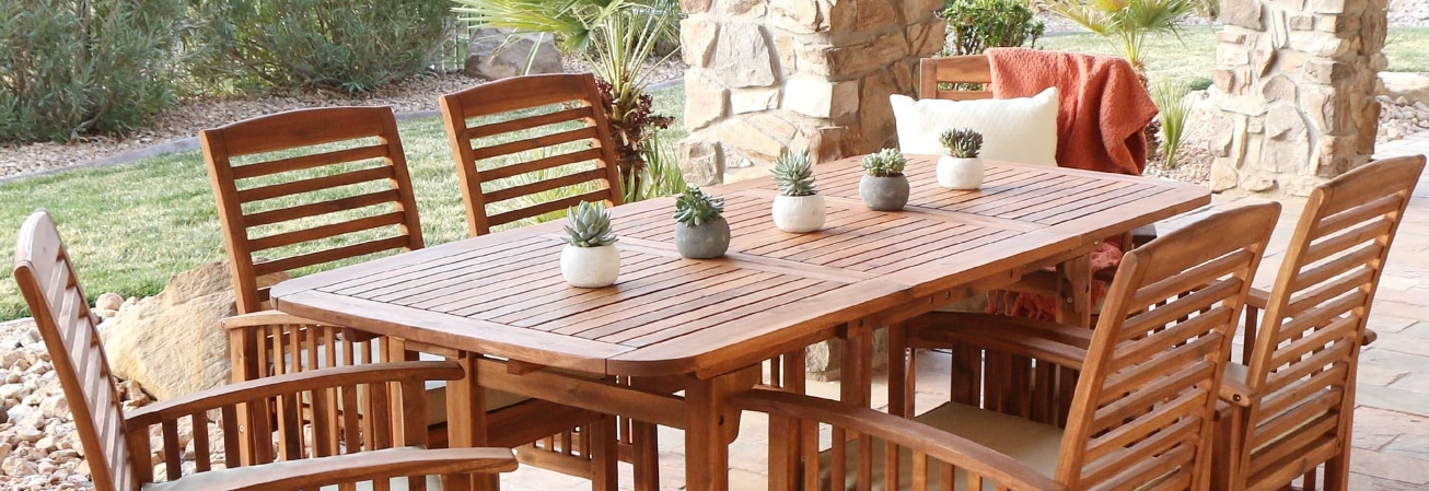 Outdoor Dining. Set Guide