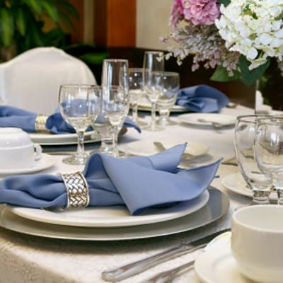 These tips will help you with some of the more practical matters of setting up your dining room.