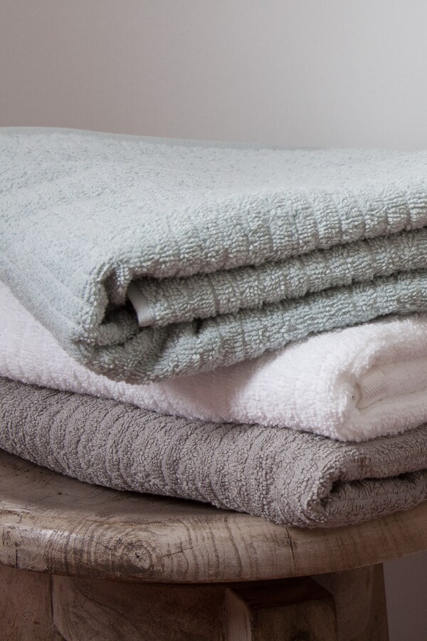 how to keep towels fluffy and soft