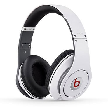 Beats studio wired over ear headphone in white