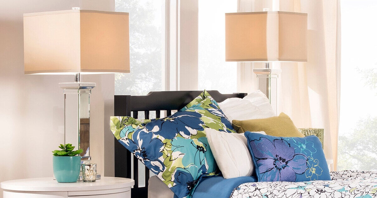 How To Pick The Perfect Headboard For Your Bedroom: How To Pick The Perfect Bedroom Table Lamp