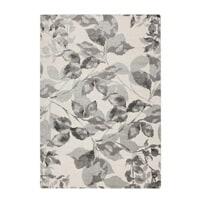 Grey/white area rug