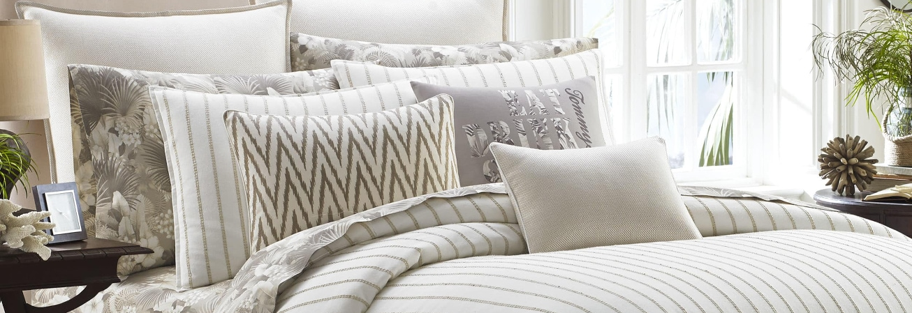 White striped luxury comforter set