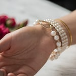 Shop Pearl Jewelry link image