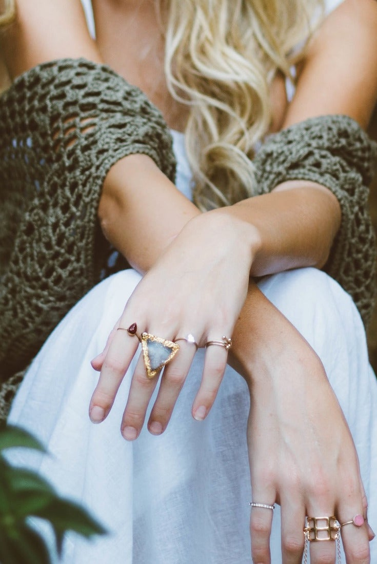 Top 5 Benefits of Shopping in an Online Jewelry Store