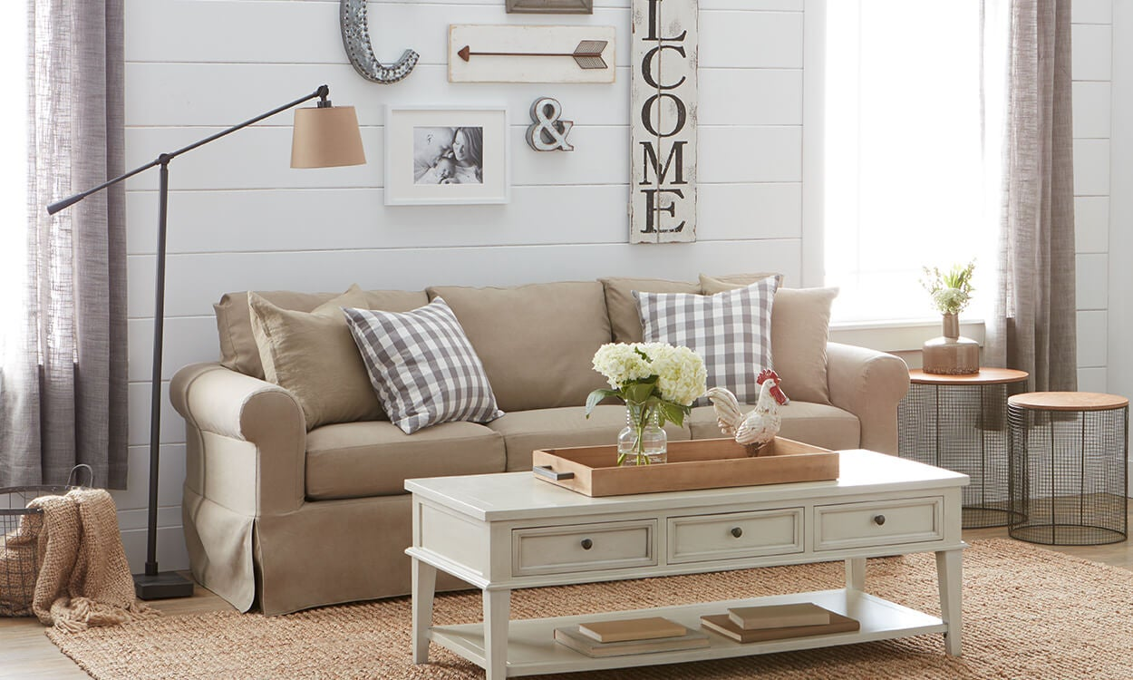 Charming Farmhouse Decorating Ideas - Overstock.com on