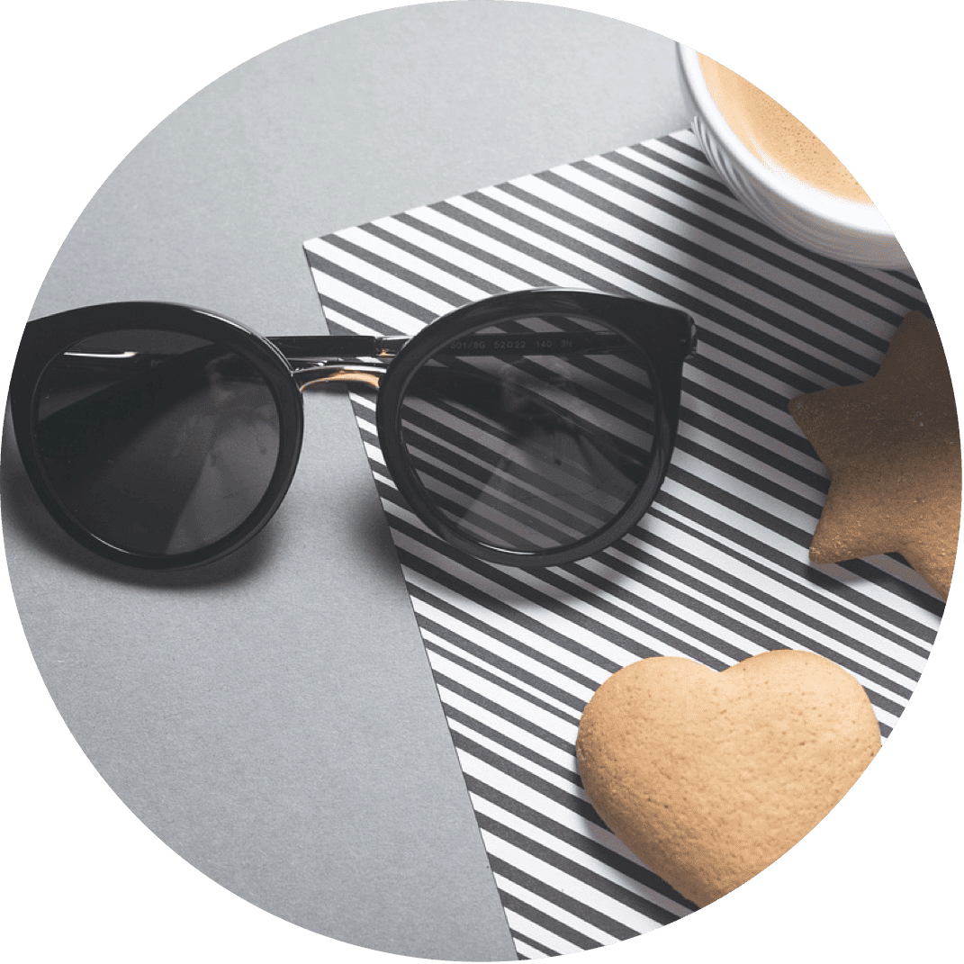 A pair of black sunglasses, the perfect Christmas gift for your girlfriend