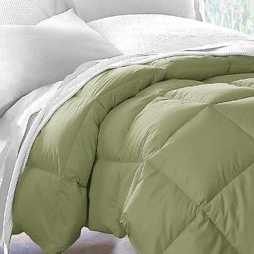 Green heavy comforter