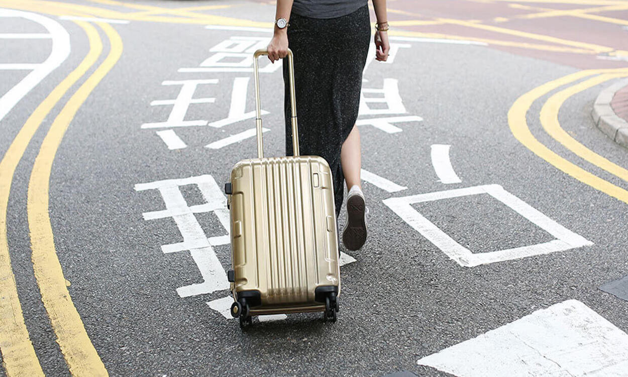 Gold spinner luggage