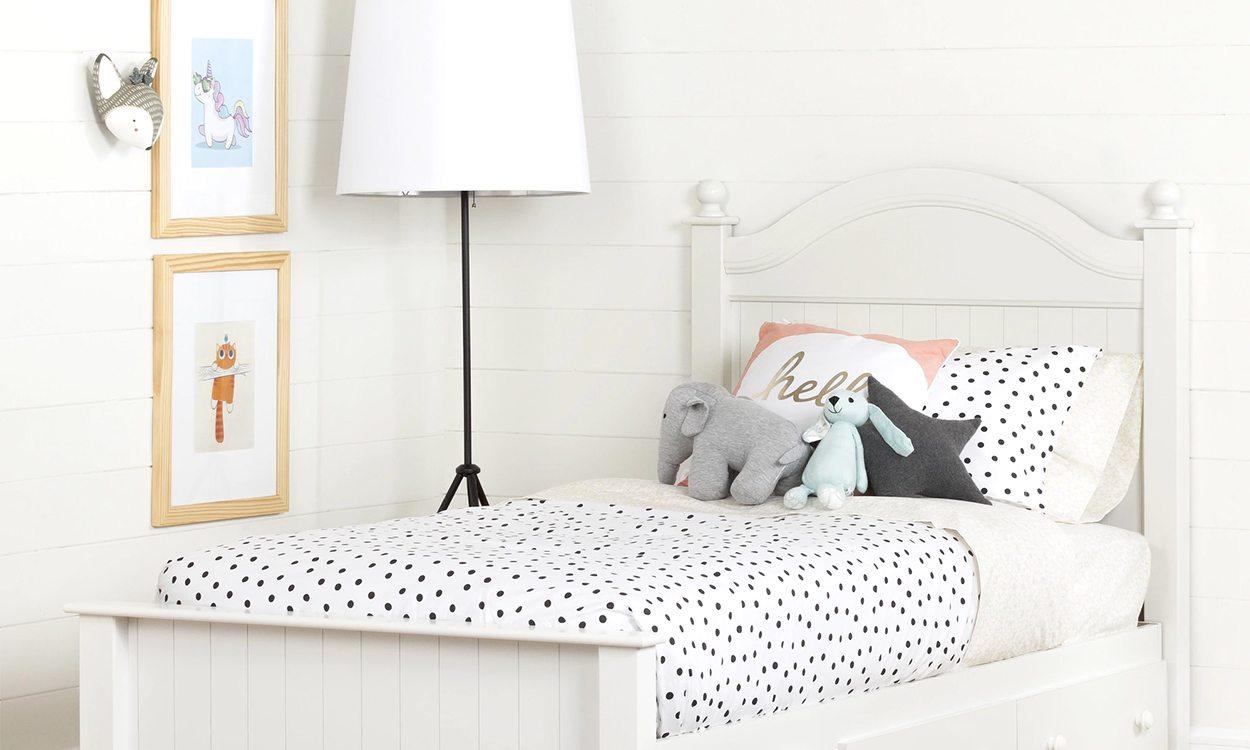 kids bed in a bedroom