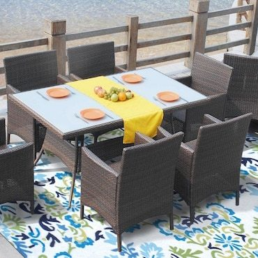 Outdoor rug on porch