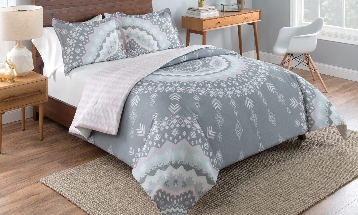 The Top 5 Comforter Sets for Your Bedroom - Overstock.com