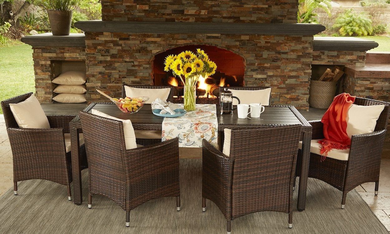 tips on shopping a patio furniture clearance sale overstock com rh overstock com patio furniture dining set sale patio table set sale