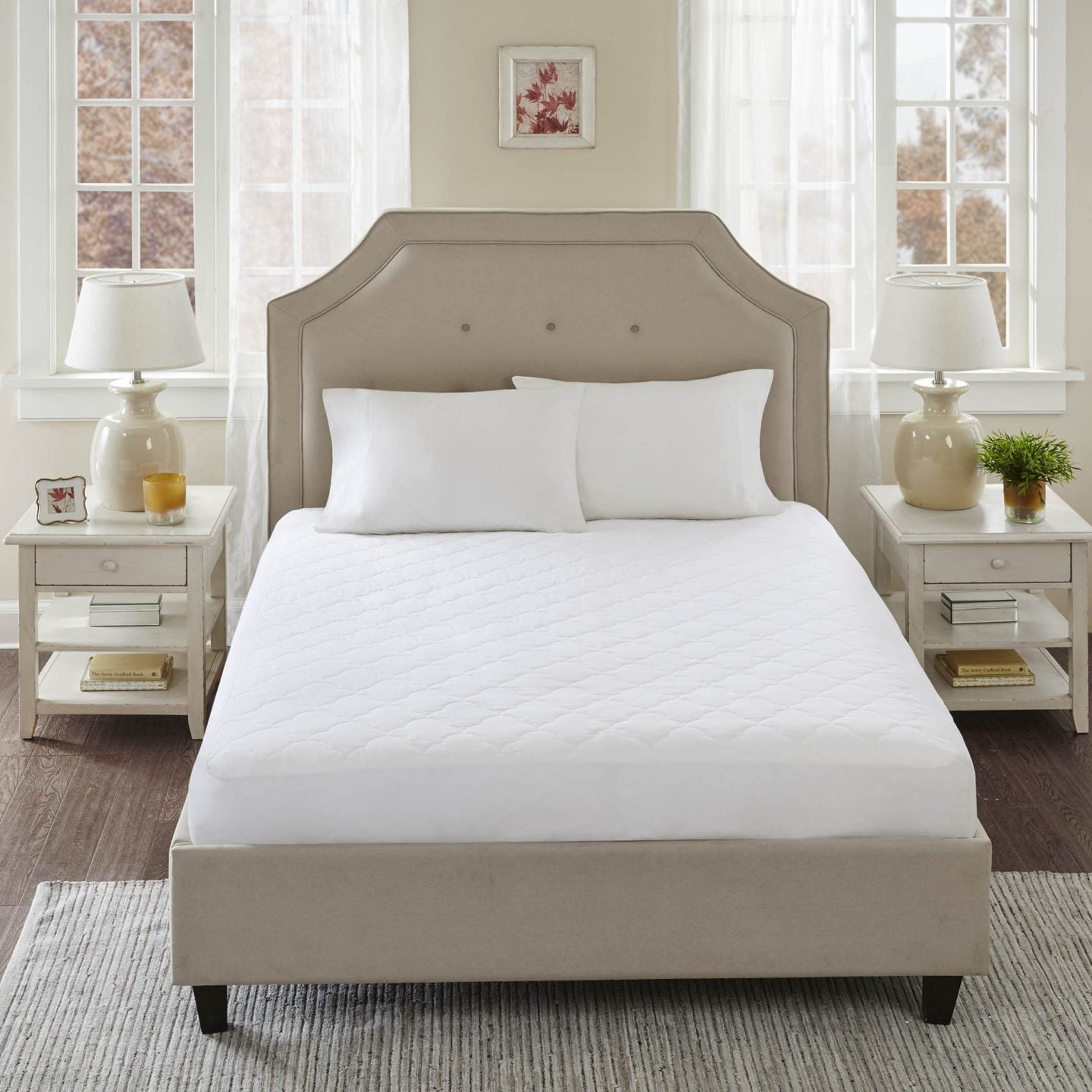 Mattress pads and toppers for platform beds