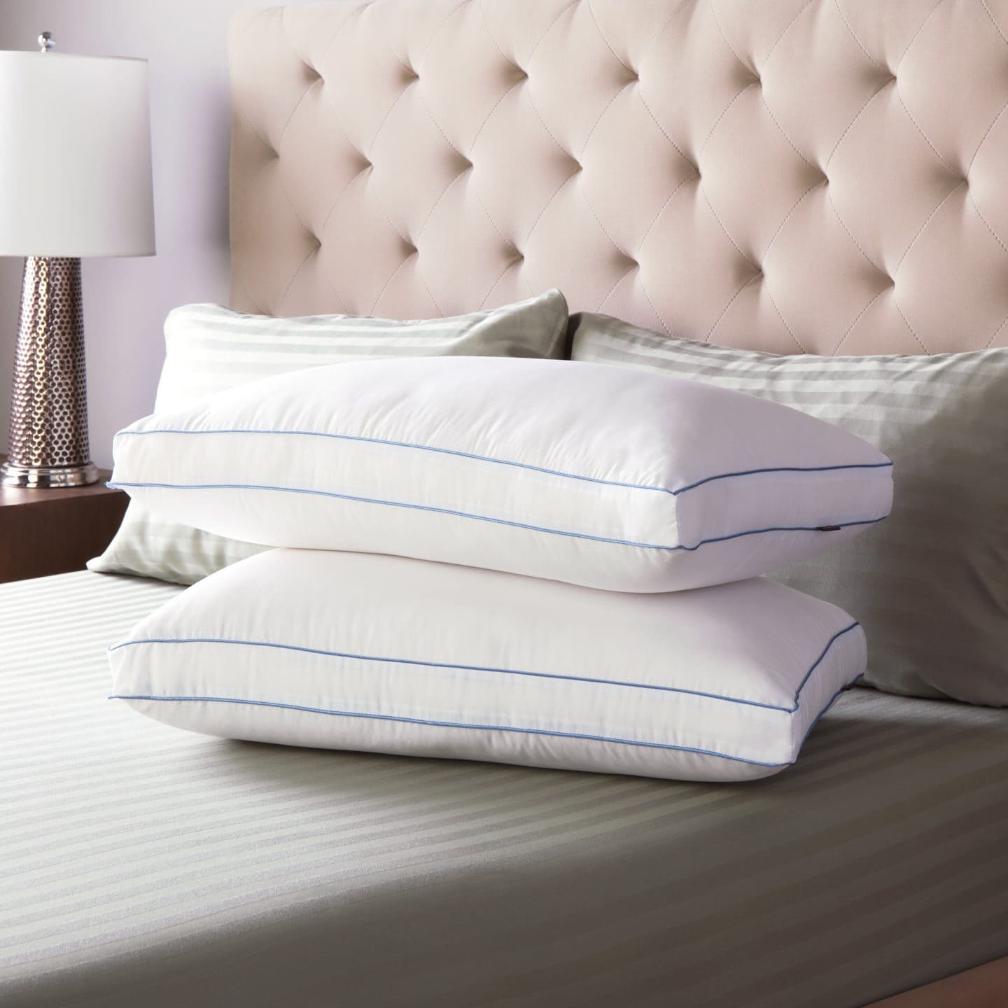 Pillows and pillow protectors for platform beds