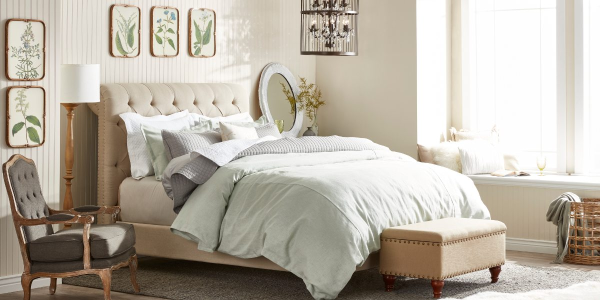 Beige Tufted Bed French Country Furniture And Decor Ideas