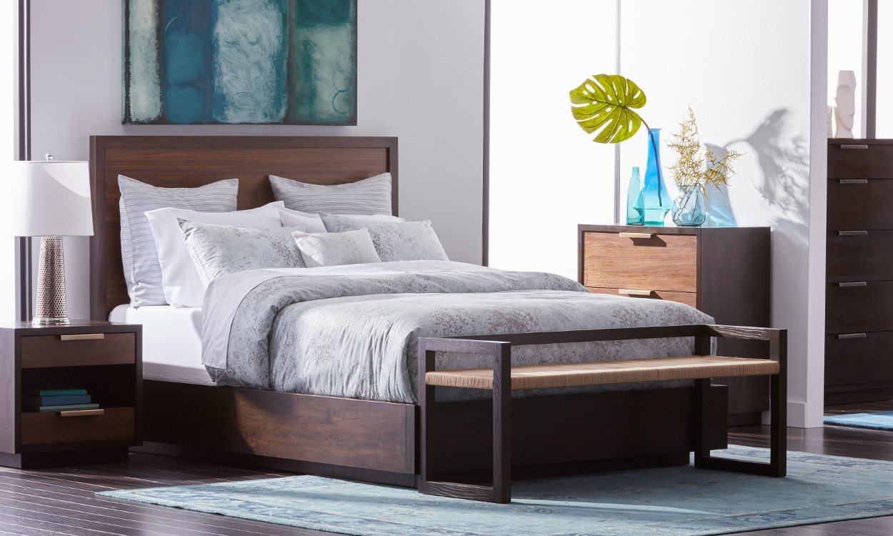 How To Fit Queen Beds In Small Es
