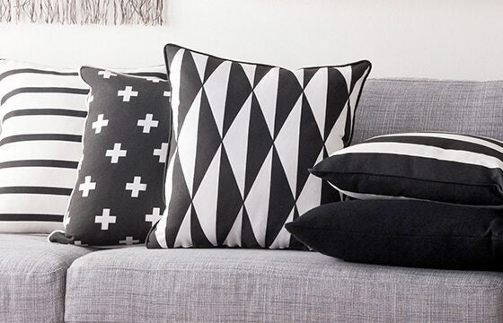 Black and white patterned throw pillows how to mix patterns