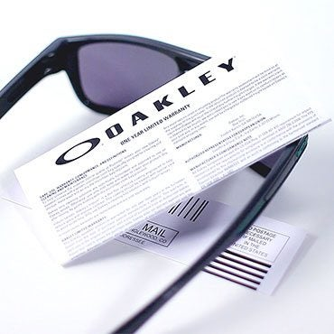 1636a7e0d002 How to Tell if Oakley Sunglasses Are Real