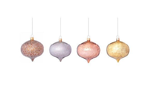 metallic retro christmas ornaments winter glam decor ideas