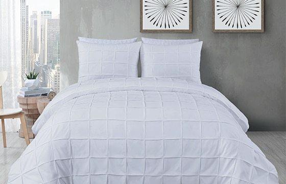Scandinavian decor ideas white quilted bedding