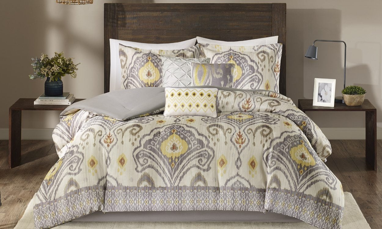 Tips On Buying A Queen Comforter Set Overstock Com Tips Ideas